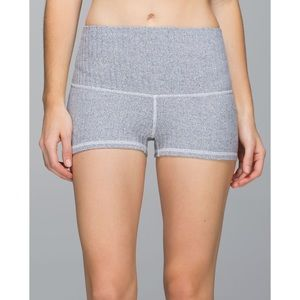 Lululemon Herringbone Boogie Short Roll Down